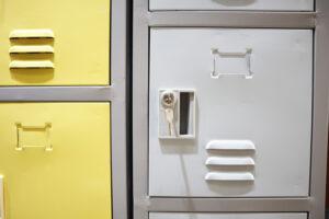 Sản phẩm tủ locker sắt kết hợp khóa chìa